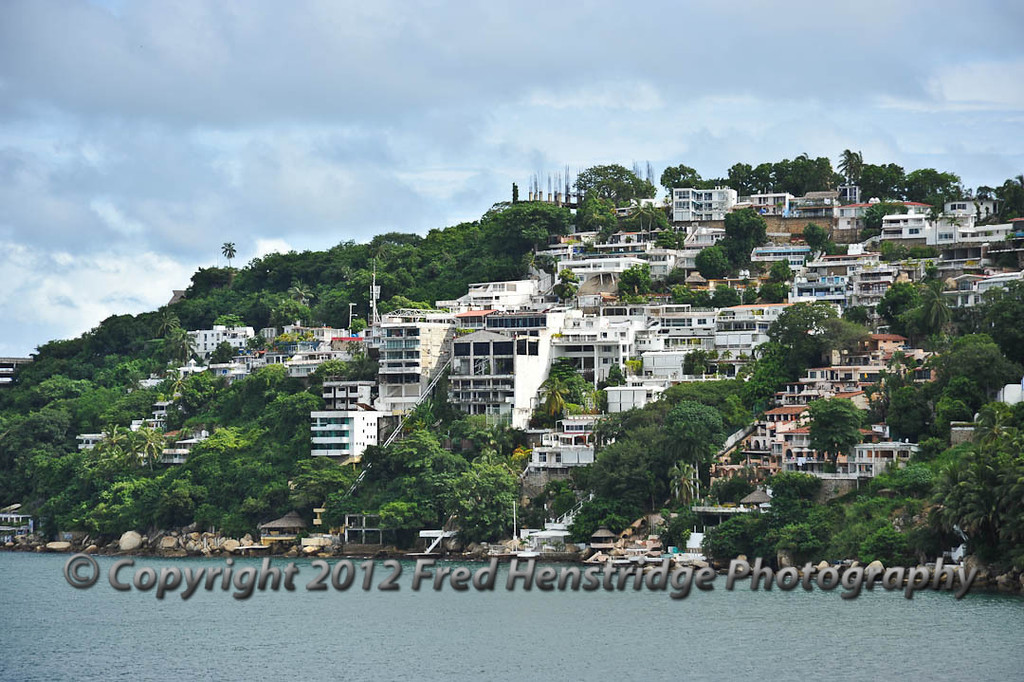 Condos lining the hills of Acapulco