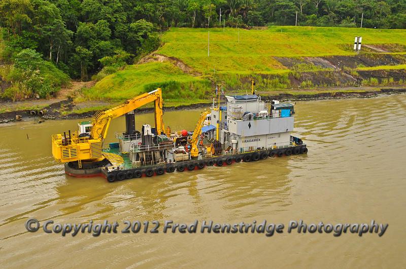 Dredging barge