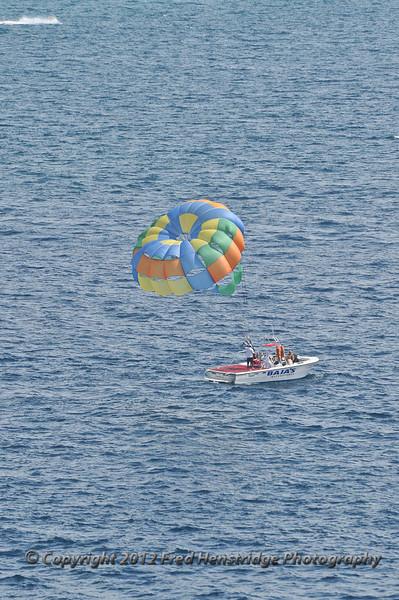 Para sailing off Cabo