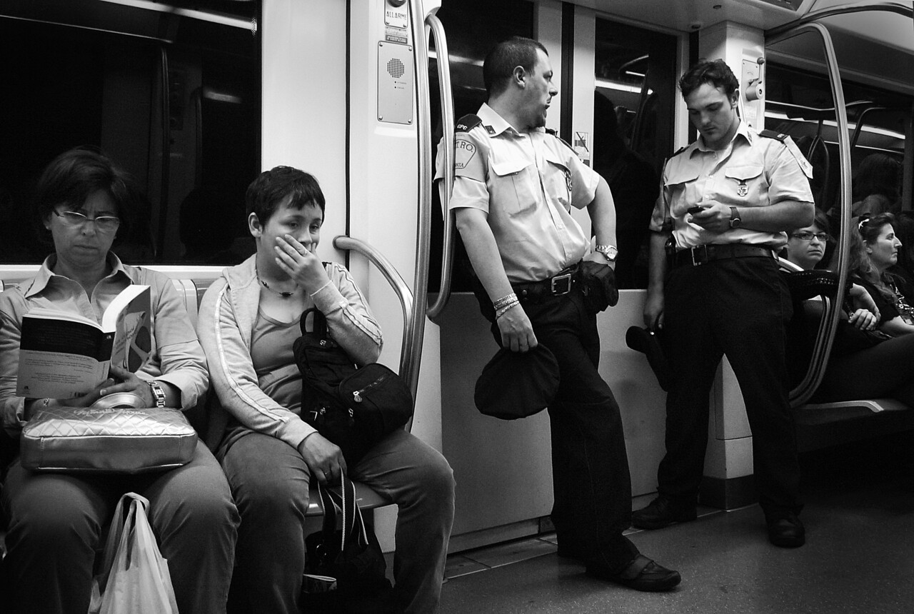 UNDERGROUND (SUBWAY) ROME- WITH COPS-
