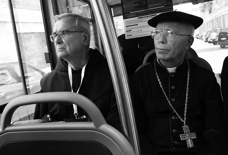 PADRES- BUS IN ROME WHICH HEADS TO THE VATICAN.