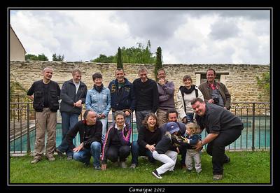 Photo de groupe chez Patrick Frilet, en bas à gauche.