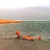 Dode zee: Drijven maar !