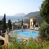 Et voila! Het zwembad van DInas Paradise met schitterend uitzicht.