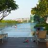 Dakzwembad hotel Changi Village