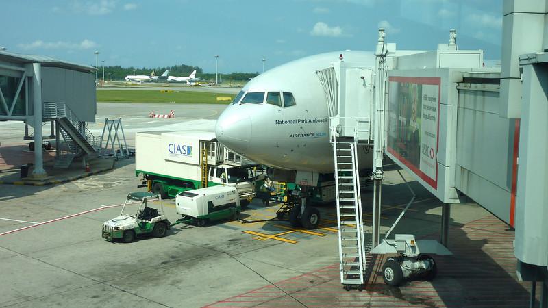 Donderdag 7/4: De KL 835 naar Singapore