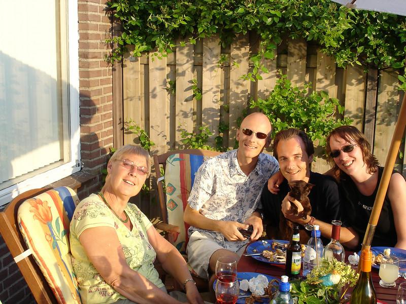 2007 - 4 mei BBQ met Emile, Michel en Sas