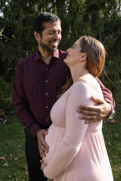 Rachel and Jayesh Kavathe maternity session in Columbus, IN on March 24, 2021. Photo by Tony Vasquez.