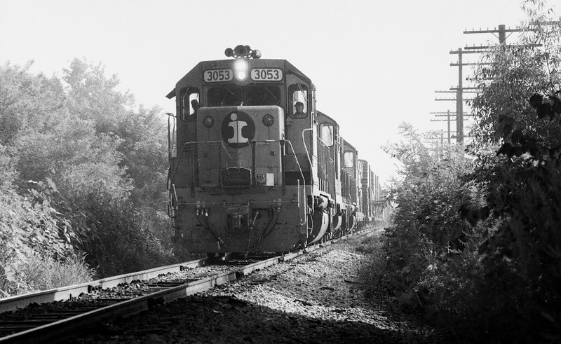 Illinois Central #3053 near Mont Station (Edwardsville, IL)<br /> (Photo by William A. Shaffer)