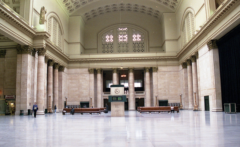 The Great Hall inside of Chicago Union Station (circa 2001)<br /> (Photo by William A. Shaffer)