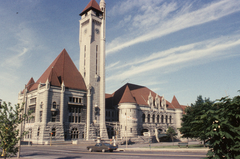 St. Louis Union Station was built for and owned by the Terminal Railroad Association of St. Louis (TRRA).<br /> (Photo by William A. Shaffer)