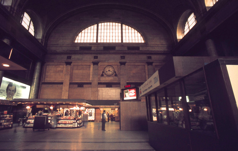 Interior Photo of Northwestern Station.<br /> (Photo by William A. Shaffer)