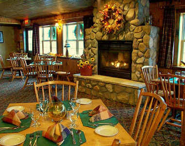 Cozy and casual Rainbow Grille & Tavern at Tall Timber Lodge.