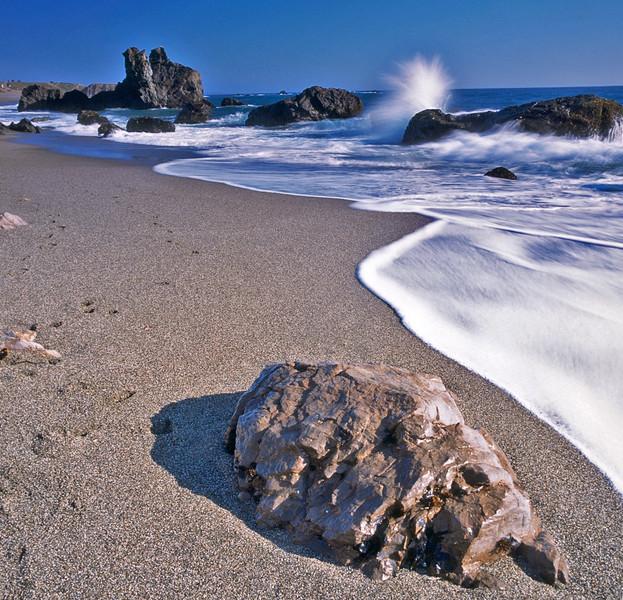 beachrock ©Raymond Marlow