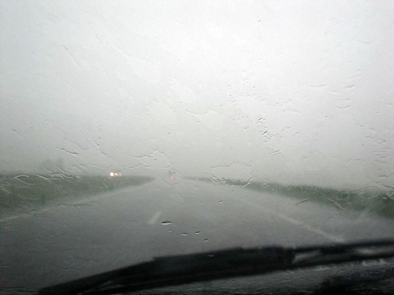 From 120 km/h to 20 km/h in 3 secs! Visibility dropped to near zero! Just an ordinary summer day in June!