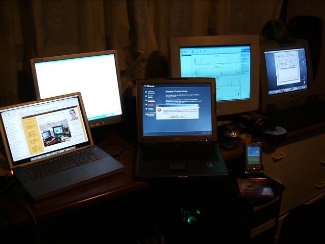 6 headded desk