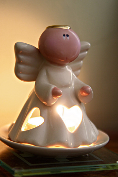 IMG_8461_angel_candle_tn