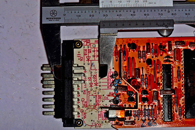AMR1173 ECU - measuring how deep to cut the pc-board - 28mm.