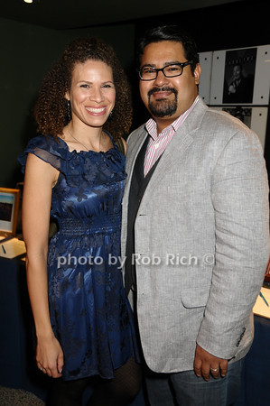 Sarena Kennedy, Mando Alvarado<br /> photo by Rob Rich © 2009 516-676-3939 robwayne1@aol.com
