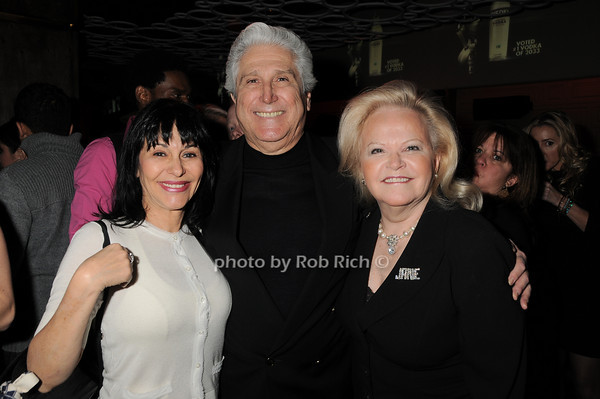 Christine DeSimeone, Joe Pontarelli, Jane Pontarelli<br /> photo by Rob Rich © 2010 robwayne1@aol.com 516-676-3939