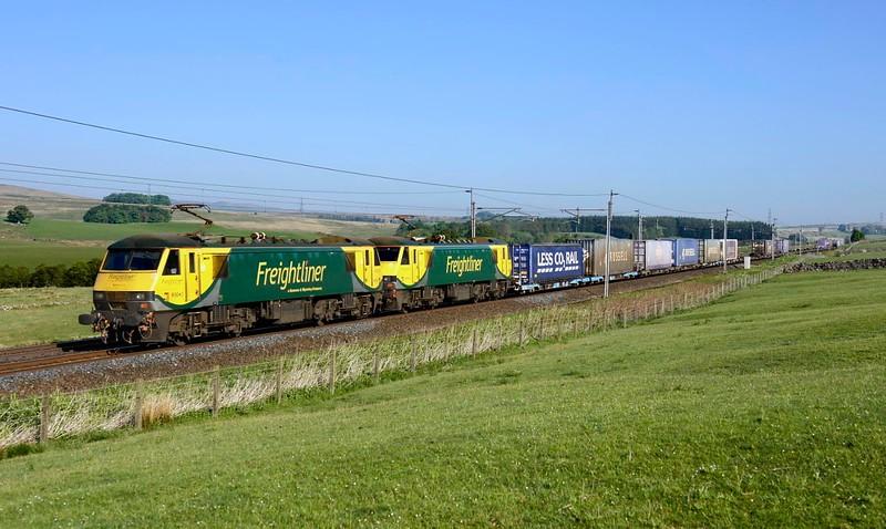 2018 05 24.90043+90042 on the 05.32 Coatbridge-Daventry  container working at Salterwath.