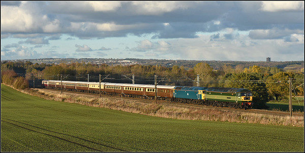 2018 10 29. 47810/47853 on the 08.17 Inverness -Milton Keynes return charter 'The Lord Of The Isles'at Plawsworth.