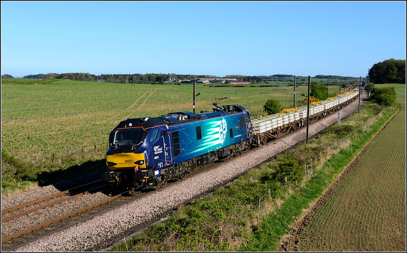 2018 05 14.88001 on the 13.25 Doncaster-Millerhill infrastructure working at Whinny Hill