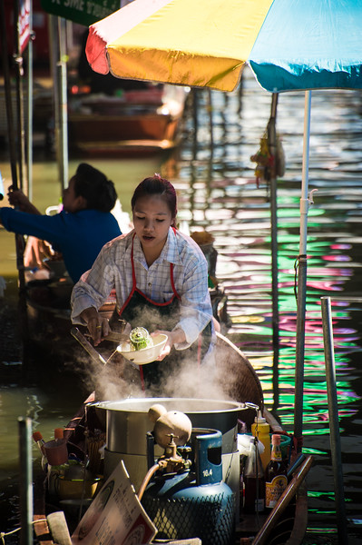 Bangkok Floating Market - selling a hot meal right off the boat