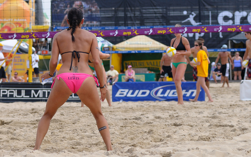 Pro Volley Ball has come to Ocean City this weekend.