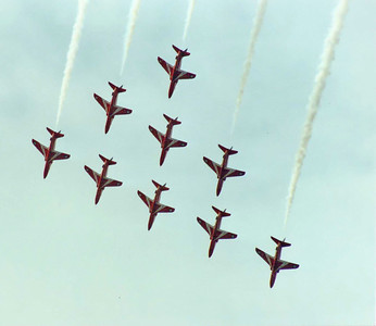Red Arrows 9 SM
