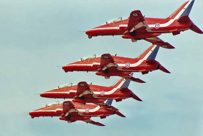 Red Arrows 10 SM