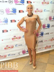 Elle Star, Lifestyle Journalist & Red Carpet Host.