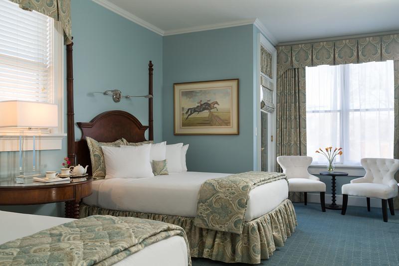 Saratoga-16-Rooms-320-2
