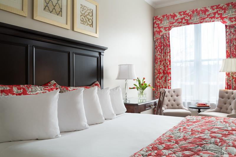 Saratoga-16-Rooms-210-2