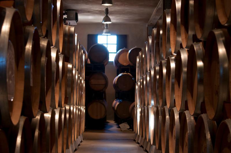 Round Pond - Wine Storage