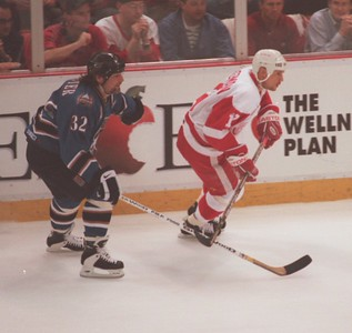 #32   Washington Capitals, Dale Hunter vs. Detroit Red Wings in game 1 of the Stanley Cup Finals. played in Detroit.