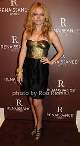 Becki Newton photo by Rob Rich © 2009 robwayne1@aol.com 516-676-3939