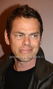 Vince Shlomi photo by Rob Rich © 2009 robwayne1@aol.com 516-676-3939