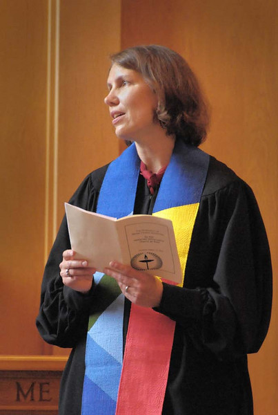 Renee Zimelis Ruchotzke was ordained August 14 by the Unitarian Church of Kent.