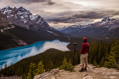 I went out to shoot a sunset at Peyto lake on Monday night with fellow photog Simon Rumford. What a great place to absorb some nature