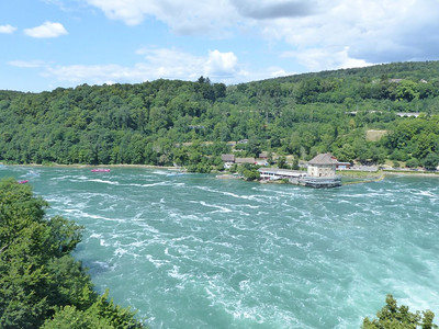 Day 2: Just below the Rhine falls/ en dessous des chutes du Rhin