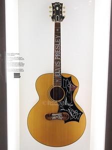 Gibson 1996 Elvis Presley J-200
