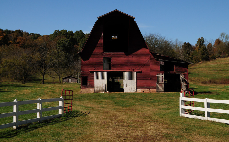 Red barn in color
