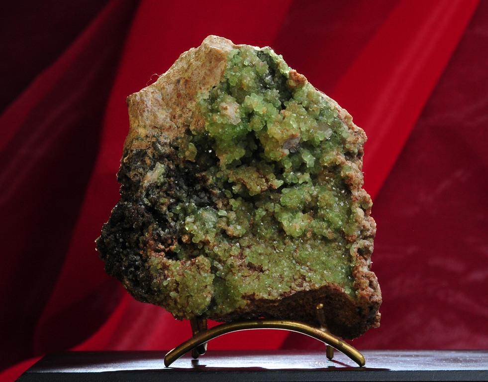 S-10 ? Smithsonite    Origin: Tsumeb