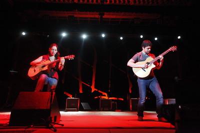 Rodrigo y Gabriela at Red Rocks Amphitheatre in August 2010. Photos by Daniel Petty, heyreverb.com.