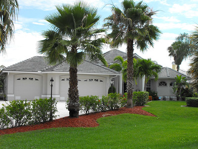 Cape Coral Homes For Sale, Presented by Roland Theis P.A. Cape Coral Pkwy. Cape Coral, Florida