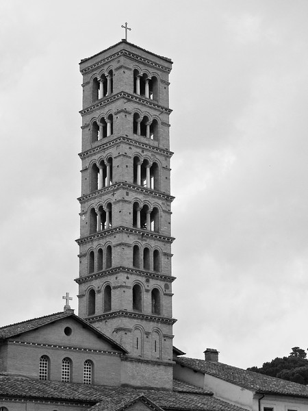 The remarkable spire of Santa Maria in Cosmedin.