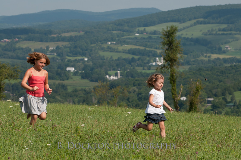 1208_Ronnybrook Farm Family_180
