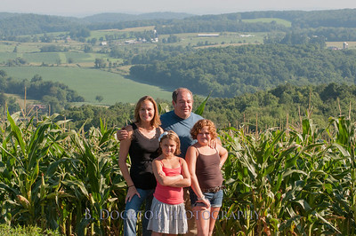 1208_Ronnybrook Farm Family_004