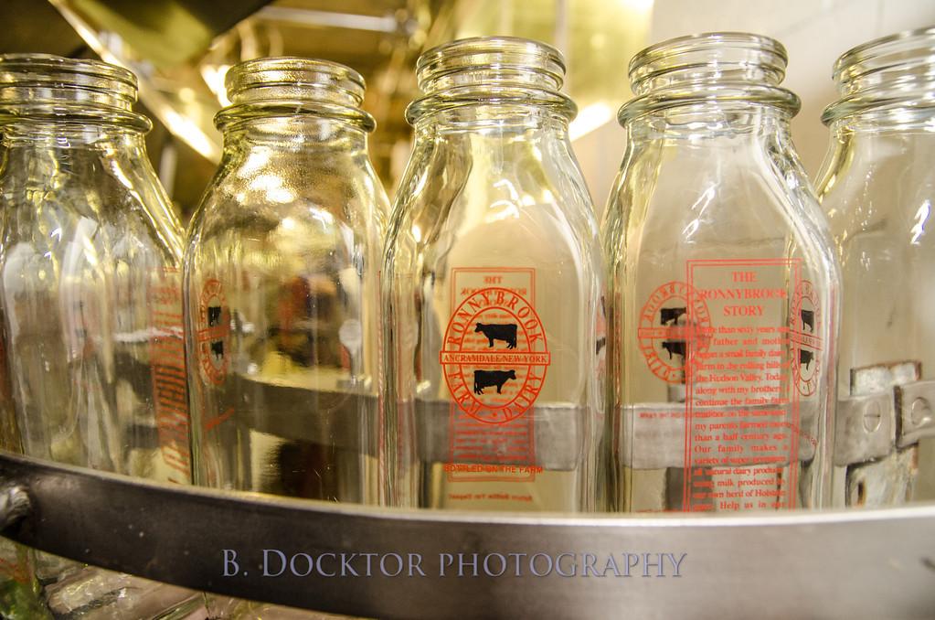 1209_Ronnybrook Bottling_054